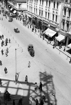 Bucuresti, Calea Victoriei, 1932 [Palatul Telefoanelor in constructie] Europe Eu, Bucharest Romania, Old City, Slovenia, Time Travel, Hungary, Finland, Croatia, Denmark