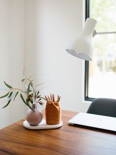 Earth-Day Inspired Yarn-Wrapped Scandi Pencil Holder DIY / Tutorial - Easy for Kids, too! - The Effortless Chic