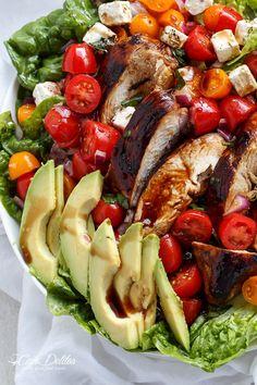 Grilled Balsamic Chicken and Avocado Bruschetta Salad | http://cafedelites.stfi.re