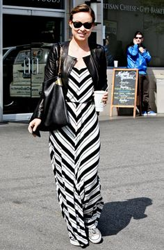 Love everything about this outfit, including the cup of joe! I want to go where she's going...