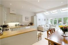 open plan kitchen diner living room country style - Good idea for an extension Open Plan Kitchen Dining Living, Living Room And Kitchen Design, Open Plan Kitchen Diner, Kitchen Diner Extension, Kitchen Family Rooms, Open Plan Living, New Kitchen, Kitchen Ideas, Kitchen Country