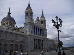 Catedral de la Almudena. | por Neil V M