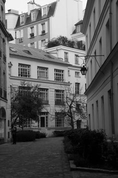 Saint Germain des Prés - Paris