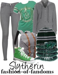 Fandom Fashion — Slytherin <- buy it there! Harry Potter Style, Harry Potter Outfits, Harry Potter Fandom, Nerd Fashion, Fandom Fashion, Disney Fashion, Fashion Trends, Casual Cosplay, Cosplay Outfits