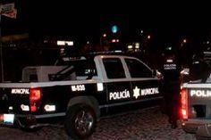 En días pasados personal de la policía municipal de Arroyo Seco, durante sus recorridos de rutina detuvieron a 3 jóvenes,...