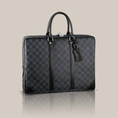 Porte-Documents Voyage Damier Graphite Canvas The Porte-Documents Voyage looks effortlessly stylish in masculine Damier Graphite canvas. With smooth leather trimmings and a spacious interior, it combines luxury and practicality.