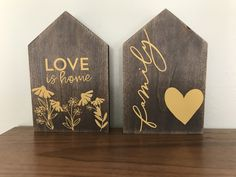 Chalk Ideas, Wood Ideas, Wood Projects, Projects To Try, Lettering Ideas, Wooden Houses, Silhouette Files, New Crafts, Helpful Tips