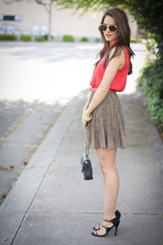 20 Simple Ways of How to Style Blouse With Skirt - Be Modish - Be Modish