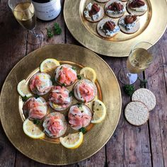 Why not check out my @NairnsOatcakes canapés on #LavenderandLovage - smoked salmon as well as Stilton with onion jam and pecans @nairnsoatcakes @nairns_oats #smokedsalmon #stilton #pecans #onionjam #eggs #canapés #champagne #christmasfood #christmas #instafood #instafoodblogger #ingredientsmatter #foodgasm #foodstyling #foodporn #foodphotography by lavenderandlovage