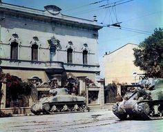 Shermans, Italy 1944