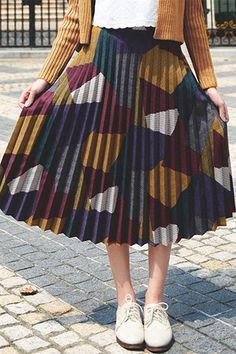 Colored Pleats Skirt