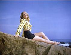 Lizabeth Scott   yank pin up girls   Movie Star Pin Up Photos, WWII Vintage Pinup Girls: 1945 vintage YANK ...
