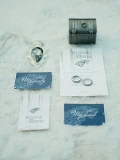 House of Stark wedding invitations | Warmphoto | see more on: http://burnettsboards.com/2015/02/winter-coming-game-thrones-wedding/