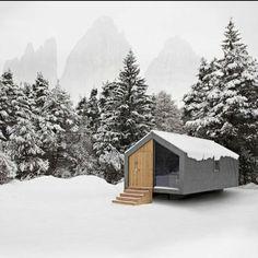 Architecture we like / Contrast / Concrete / Wood / half / 50 50 / Snow / at INDSTR