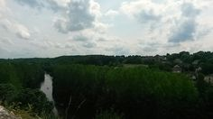 Vue sur l'anglin depuis le château