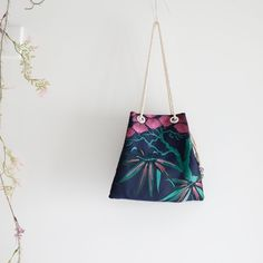 新作チラ見せ Bucket Bag, Shoulder Bag, Boutique, Bags, Instagram, Fashion, Handbags, Moda, Fashion Styles