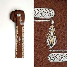 1950s Vintage Necktie, mens tie. Square bottom tie.  Mens style, mens fashion, vintage menswear, vintage mens style, vintage fashion