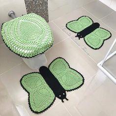 Ideas For Patchwork Couverture Tuto Chalk Paint Mason Jars, Crochet Bowl, Diy Blanket Ladder, Mason Jar Flowers, Crazy Patchwork, Mason Jar Crafts, Bathroom Sets, Bathroom Crafts, Sewing Crafts