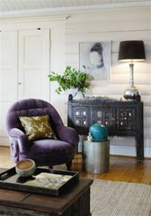 love this purple color, and paired with the gray, white, black and pops of color, I am in lo-o-ove.