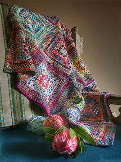 https://www.ravelry.com/patterns/library/colourwork-granny-square