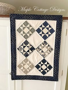 Star Quilt Pattern for a Table Runner. Love the blue Pinwheel Quilt Pattern, Mini Quilt Patterns, Christmas Quilt Patterns, Beginner Quilt Patterns, Easy Patterns, Quilting Patterns, Quilting Ideas, Red And White Quilts, Blue Quilts
