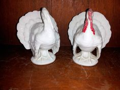 2 RICHARD GINORI WHITE TURKEY PLACE CARD HOLDERS THANKSGIVING ORNAMENT - absolutely beautiful!