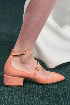 Osman at London Fashion Week Spring 2017 - Details Runway Photos Swing Dance Shoes, Vintage Inspired Shoes, Shoes 2017, Only Shoes, Sock Shoes, Beautiful Shoes, Character Shoes, Me Too Shoes, Fashion Shoes