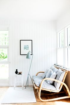 my scandinavian home: The idyllic Danish summer cottage Style At Home, White Wood Paneling, Home Interior, Interior Design, Interior Styling, Beach Cottage Style, Coastal Style, Beach House, Ideas Hogar