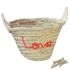 Corbeille love  paniers à personnalisés sur notre site internet www.panier-marocain.com  Original Marrakech