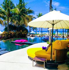 HIGH END POOLS AND HOTELS | The Pool at W Retreat Spa Bali | www.bocadolobo.com