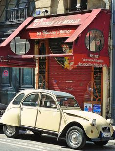 Vintage citroën 2CV France