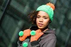 rękawiczki z pomponami neonowe pomarańczowe neon