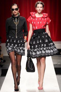 Moschino Spring 2014 Ready-to-Wear Fashion Show - Candela Pelizza Tricarico and Kate Bogucharskaia