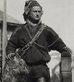 """"""" Klemet was a reindeer herder in Kautokeino. He was Sami and came from Badjenjarga/ Bahkkiljoknjarga in Karasjok, Norway. In this photo he was in a harbor, likely in Hammerfest in the His nickname was """"Buen Addja"""" """" Norway Viking, Lappland, Scandinavian Countries, Arctic Circle, People Of The World, Old Photos, Sweden, World Cultures, Vikings"""