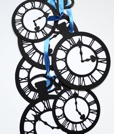Alice In Wonderland -Jumbo Pocket Watch Clock Set of 10- Black/White- I'm Late I'm Late
