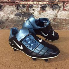 Nike Total 90 Mens Football Boots Blue Black sz 7 Rare SG Soccer Cleats US  8 41  f688b6e91bb6f