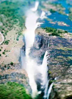 Victoria Falls, Zambia/Zimbabwe (TAV. XII)