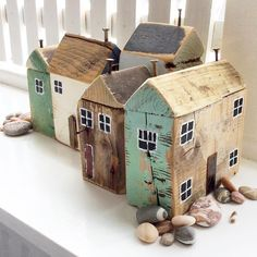 Photos pottery ideas creative Tips Maria Huisjes Hottest Photos pottery ideas creative Tips Maria Huisjes Personalised Driftwood art wooden house ornament and shop Scrap Wood Crafts, Driftwood Crafts, Wooden Crafts, Diy And Crafts, Wooden Toys, Clay Houses, Miniature Houses, Putz Houses, Bird Houses