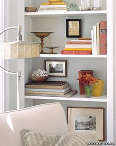 Bookshelf picture Display - Martha Stewart