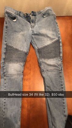 d1f3a3326a07 Very nice pair of bullhead jeans size Euc Smoke free home