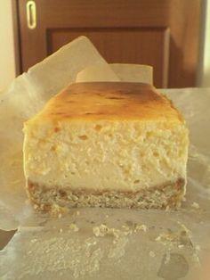 コクのある濃厚さっぱりチーズケーキ/ヨーグルト