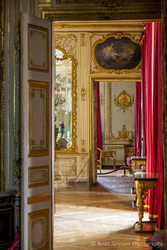 Chateau de Versailles, France. © Brian Jannsen Photography #interiors #antiques