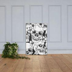 Dieser Leinwanddruck wird in jedem Raum ein Statement abgeben. Er ist handgestreckt auf einer Canvas-Baumwollmischung mit einer matten Oberflächenbeschichtung. • Ausbleichresistent • 20,5 Mil-Poly-Cotton-Mischgewebe • Handgestreckt • Handgeklebte Massivholz Keilrahmen • Matte Finish-BeschichtungSize guide  12×12 12×16 Poster, Shower, Prints, Canvas Frame, Home Decor Accessories, Printing, Canvas, Rain Shower Heads, Showers