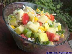 Paprika-Mais-Salat mit Apfel und Frühlingszwiebeln
