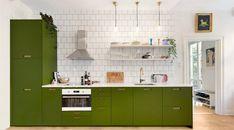 NCS-skalan består av ca 2000 olika kulörer. En av dessa är 5540-G60Y vilken ger denna härliga, gröna kulör. Ett grönt kök kanske är något för dig?
