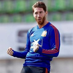 "Sergio Ramos: ""In the summer of I was very close to moving to Manchester United because of the management, but now everything is fine"" Real Madrid Captain, Football Transfers, Isco Alarcon, Captain Fantastic, Everything Is Fine, Cool Style, Like4like, Graphic Sweatshirt, Sweatshirts"