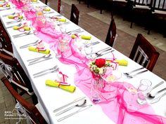 Svatební tabule v růžové a zelené barvě