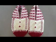 How to make five spit booties - Lif modeli Knitting Socks, Knitted Hats, Crochet Hats, Baby Scarf, Scarf Hat, Woodworking Projects, Sewing Projects, Baby Knitting Patterns, Knitting Ideas