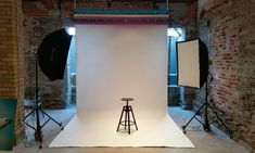 Any photographers out there? How to Create Your Own In-Home Photo Studio - 500px, Lumoid via @onwardphoto
