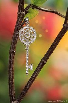 Crystal Key by Katybug Key Necklace, Pendant Necklace, Photo Bokeh, Under Lock And Key, Old Keys, Antique Keys, Concrete Garden, Key To My Heart, Pretty Box